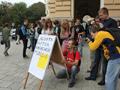 Молодь висловить останнє попередження українській міліції