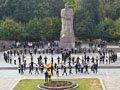 150 студентів перед Львівським університетом утворили напис «Нам 350»