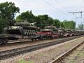 У Львові зупинився ешелон з танками